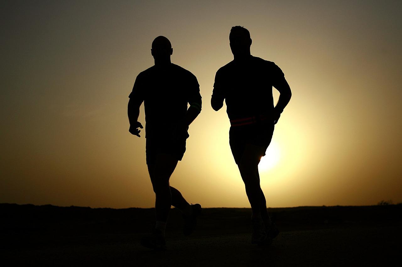 2 men running to improve their health